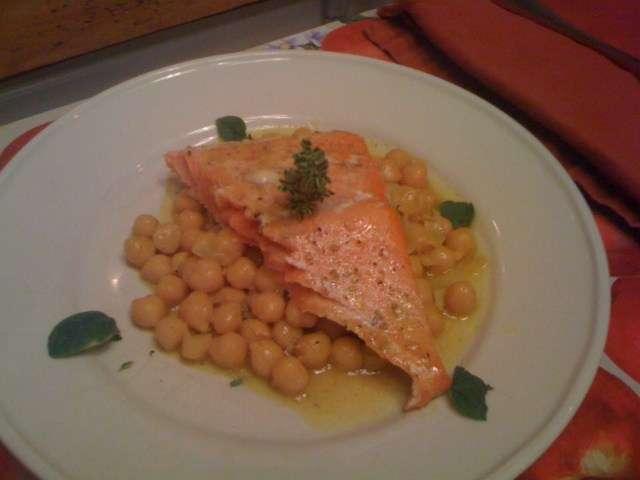 chickpea-salmon